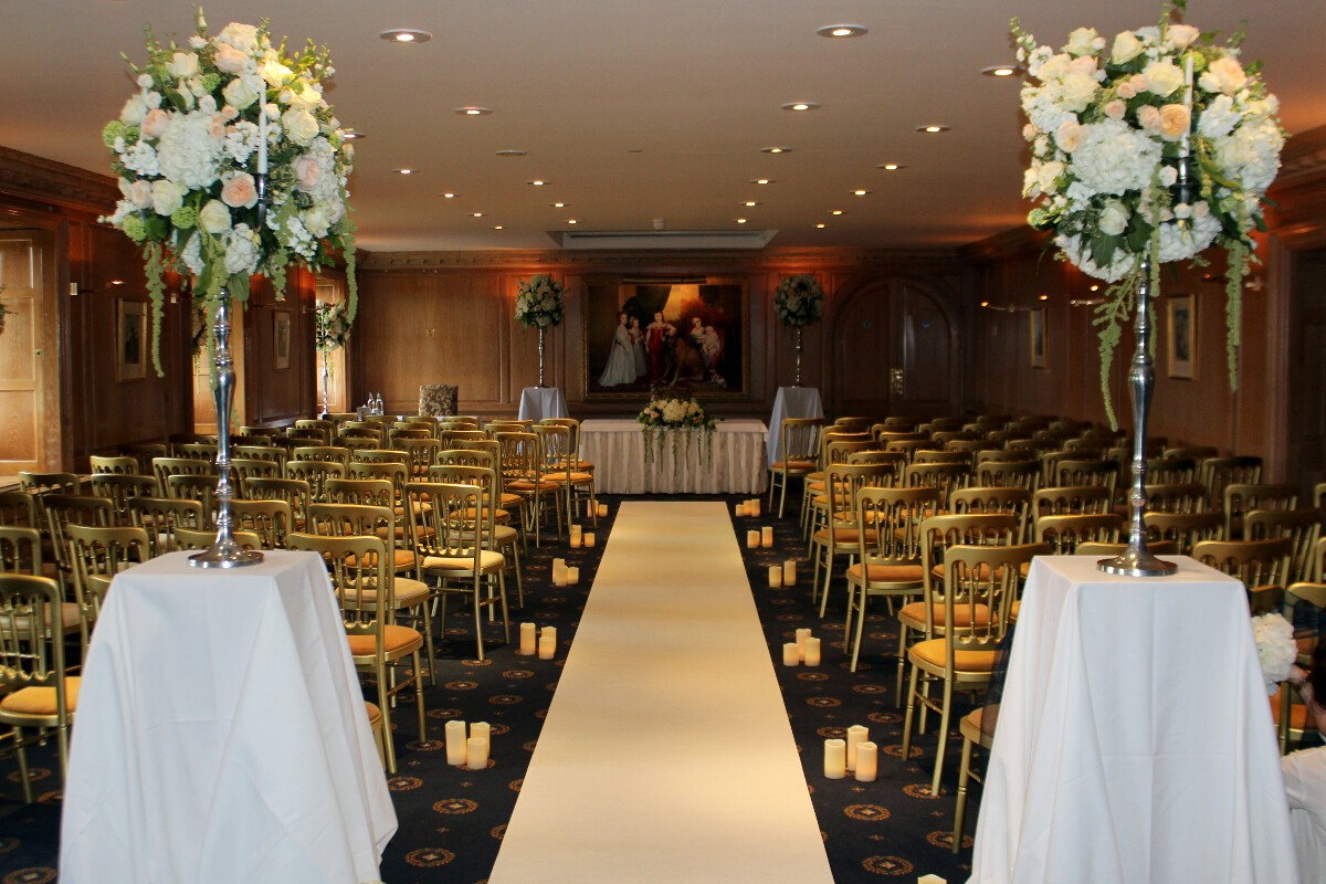 Red Carpet And Coloured Aisle Runners Hire For Weddings In Hertfordshire We