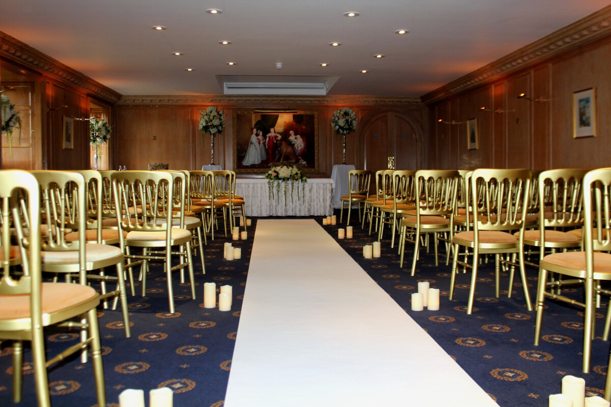 Red Carpet And Coloured Aisle Runners Hire For Weddings In