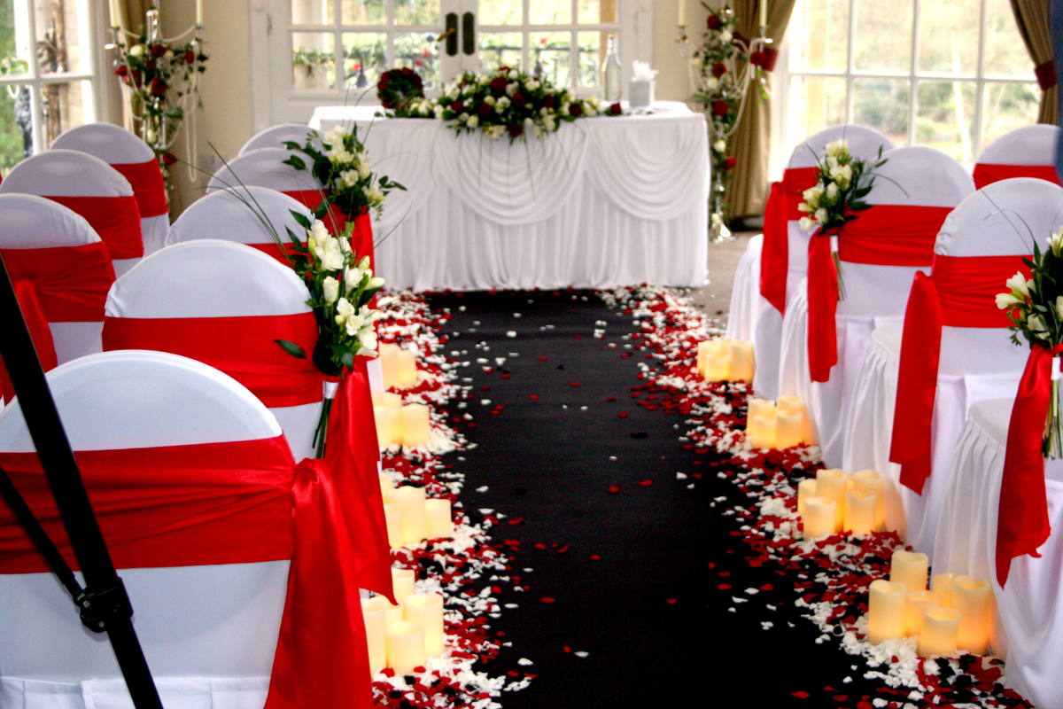 LED Candles And Centrepieces