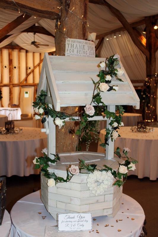 Wedding Wishing Well.Wishing Well And Postbox For Wedding In Hertfordshire
