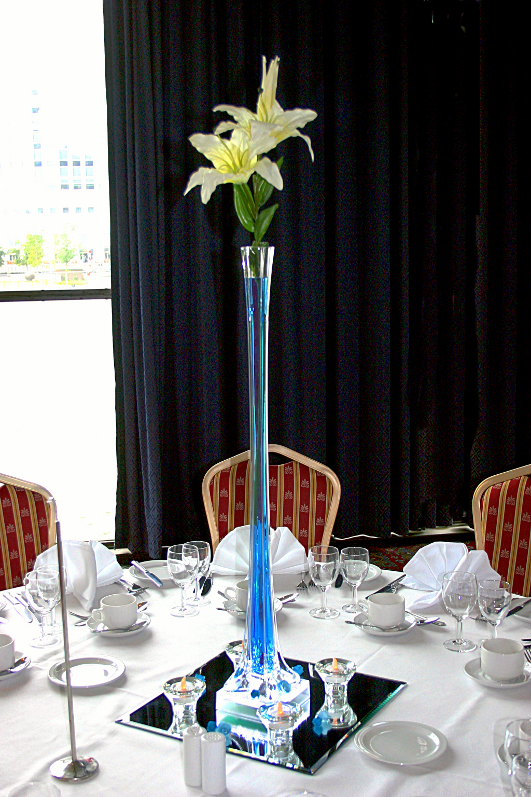 80cm Tall Lily Vase Colour Co Ordinated Table