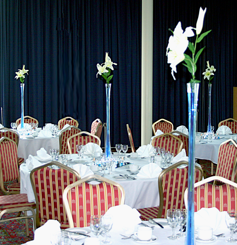 80cm Tall Lily Vase Colour Co Ordinated Table Centrepieces Wedding Dj Hertfordshire